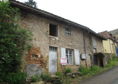 La-Porte-au-Vau-Maison-à-renover