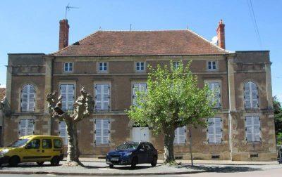 Place du Docteur Fricaud 315m2 cropped