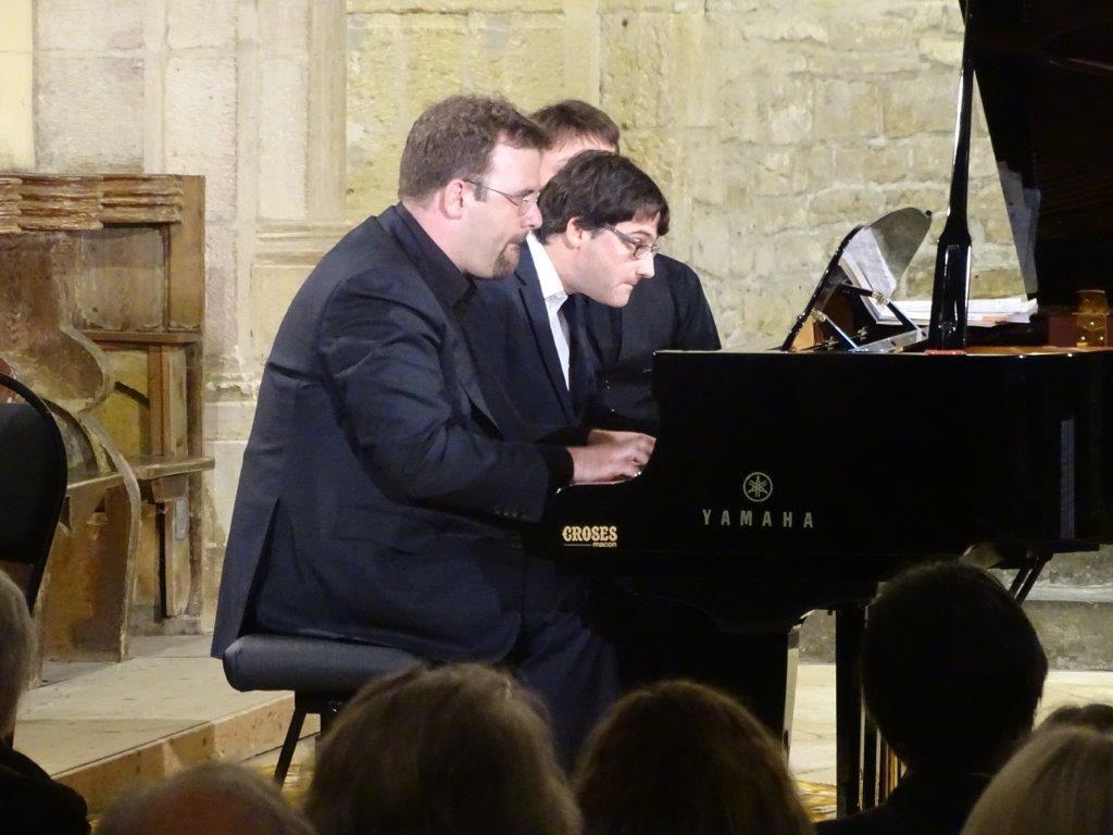 Piano a 4 mains